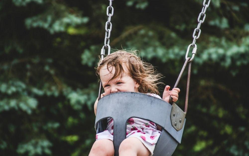 Pick the Safest Swing Sets for Kids